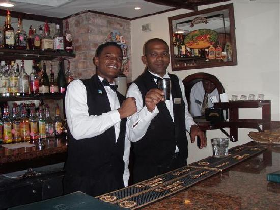 Sandals Royal Plantation : G-stone's the best! Try his martini!