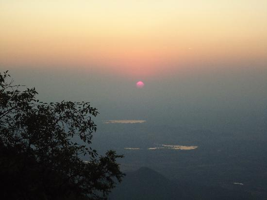 Sunset Point 2 - Picture of Sunset Point Mount Abu, Mount Abu ...