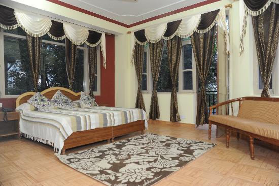 Hotel Misty Woods: Super deluxe room