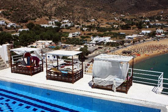 Ios Palace Hotel: Upper pool area 2