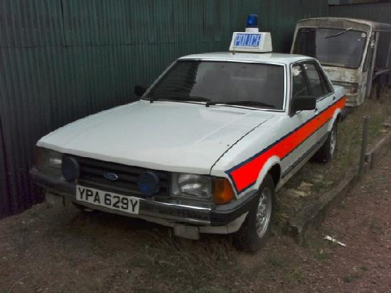 Stondon Transport Museum: Rover Police Car
