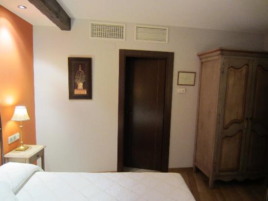 Hotel El Peiron: Bedroom