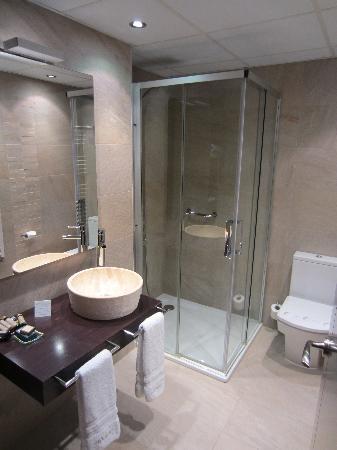 Hotel El Peiron: Bathroom
