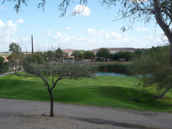 Avondale, AZ: 8th Hole - Par 3