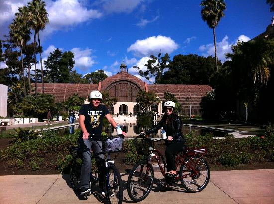 San Diego Fly Rides: On our Spanish Twist Tour of Balboa Park