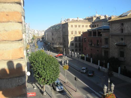 Hotel Las Almenas: Enfrente del CI y a 5 minutos andando de la Catedral