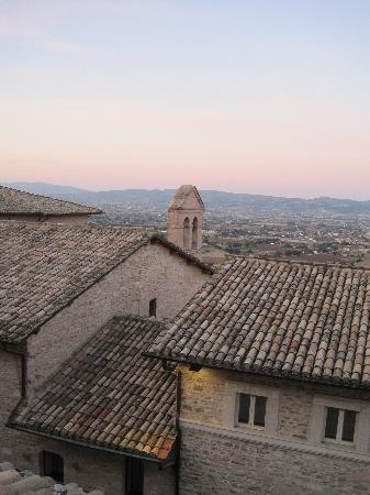 Hotel San Francesco: vista dai tetti i assisi
