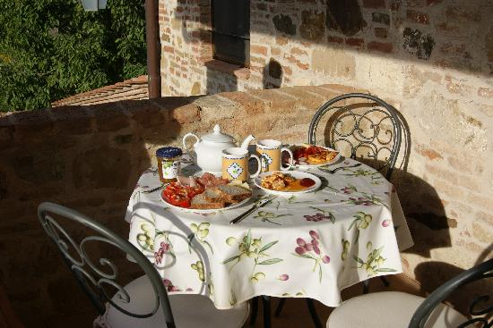 Agriturismo San Gallo: Breakfast as we did