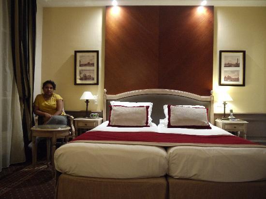 Best Western Premier Trocadero La Tour : twin room