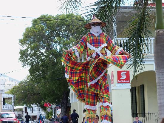 Fort Frederik: Street performer on Strand Street, Frederiksted