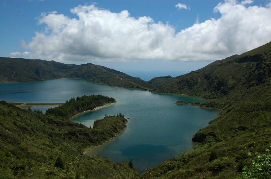 Azzorre, Portogallo: AZORES DREAM TOURS ( Fire Lake ) azoresdreamtours@gmail.com