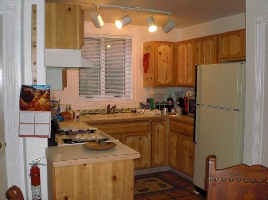 Las Brisas de Santa Fe: Las Brisas - U25 Kitchen area