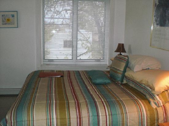 Las Brisas de Santa Fe: Las Brisas -U25 - upstairs bedroom
