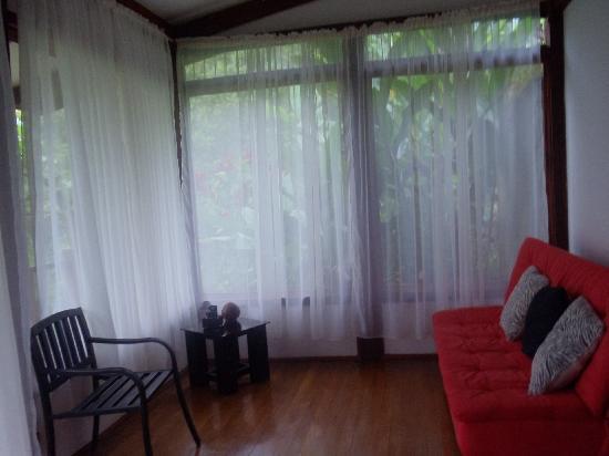 Hotel Quelitales: Comodas , confortables y privadas habitaciones.