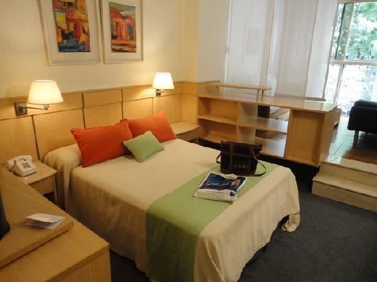 Bauen Suite Hotel: Dormitorio