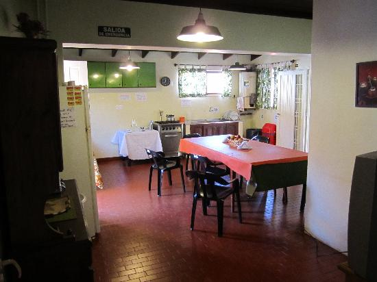 Hostel Bambu Puerto Iguazu : kitchen