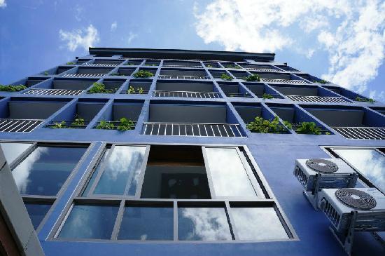 Sino Inn Phuket: Sino building