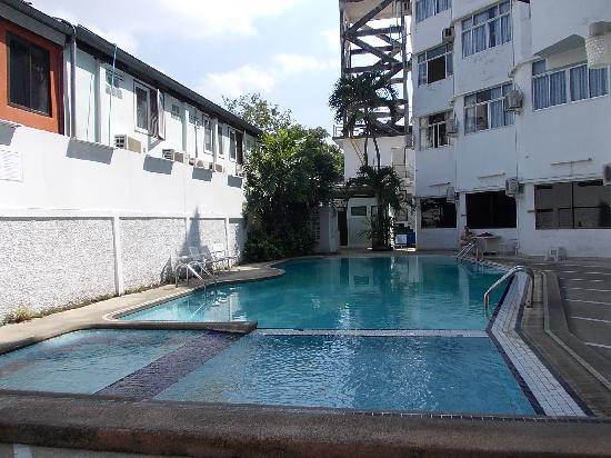 โรงแรมเอเพกซ์: プール