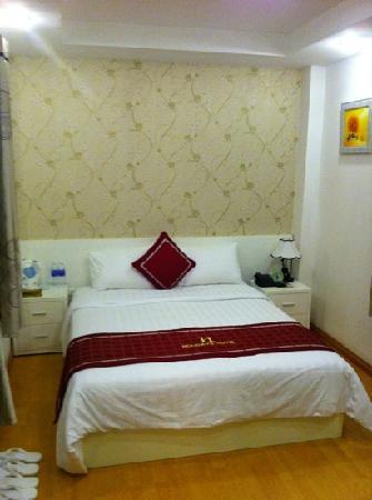 Hanoi Holiday Diamond Hotel: bedroom