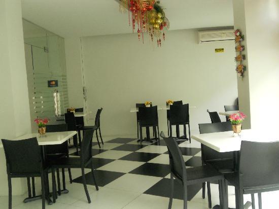 Cinfandel Suites : Coffee shop