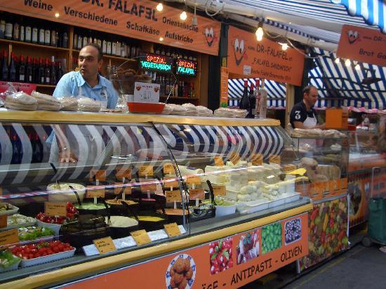 Vienna Naschmarkt: 気さくなおじさん