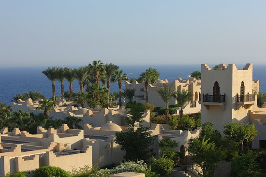 ‪منتجع فور سيزونز ريزورت شرم الشيخ: Four Seasons welcomes guests to Sharm El Sheikh's most complete resort: an oasis of lush greener‬