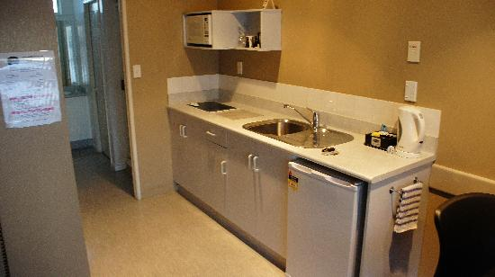 Arista Capri Motel: Kitchenette