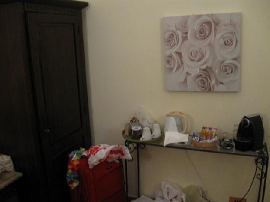 Aenea Superior Inn: room