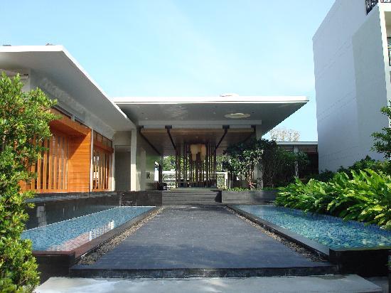 Holiday Inn Phuket Mai Khao Beach Resort : Lobby