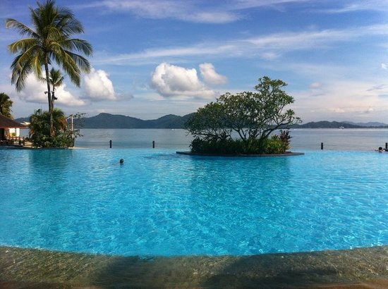 Shangri-La's Tanjung Aru Resort & Spa: Infinity pool