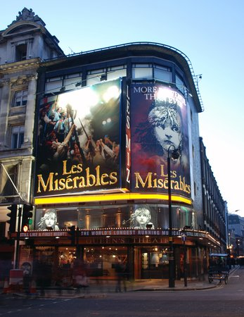 ‪Les Miserables London‬