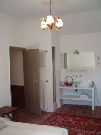 Chateau Rouge: Habitación 1