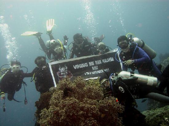 Bali Scuba Masters: photo bersama mitra bisniss saya