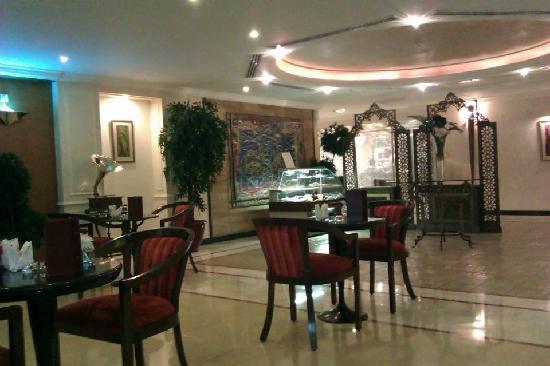 Bristol Hotel : Luna Lounge
