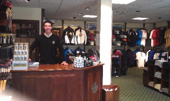 Royal County Down Golf Club: Rory greets golfers in RCD Pro Shop