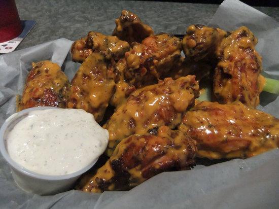 Binga's Stadium: Wings with Buffalo Bacon Nacho Sauce