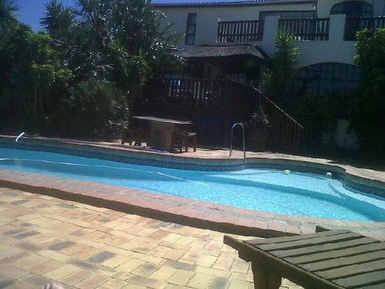 Gordons Bay Guesthouse: Swimming Pool