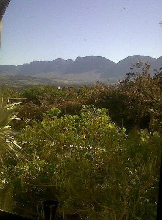 Gordons Bay Guesthouse: View at breakfast