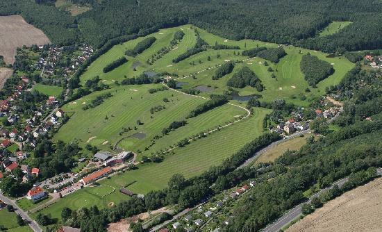 Hotel Kreischaer Hof: Benachbarter 18 Loch Golflcub Dresden Elbflorenz, nur 4km vom Hotel
