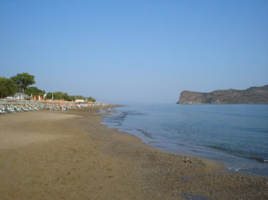 Hotel Ta Thodorou : Early morning on the beach at Agia Marina
