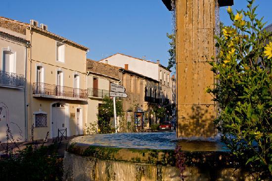 Petit Hotel Marseillan: street view