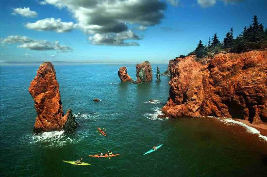 Advocate Harbour, Καναδάς: The legendary Three Sisters at Cape Chignecto