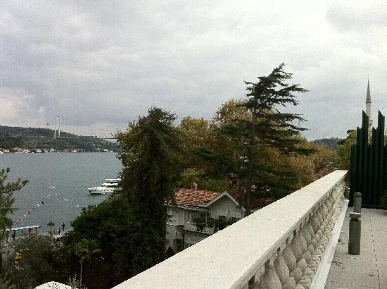 Changa: Lovely Bosphorus view from the cafeteria