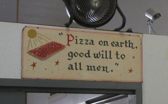 DI Sallas' Pizza Parlor : Pizza on Earth!