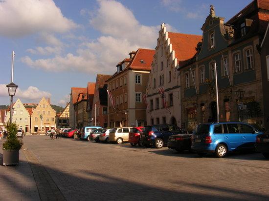Weissenburg in Bayern, Tyskland: la piazza