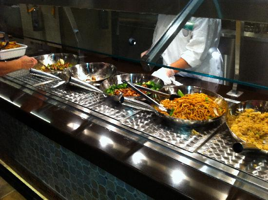 Chef's Stage Buffet: Asian Main Dish
