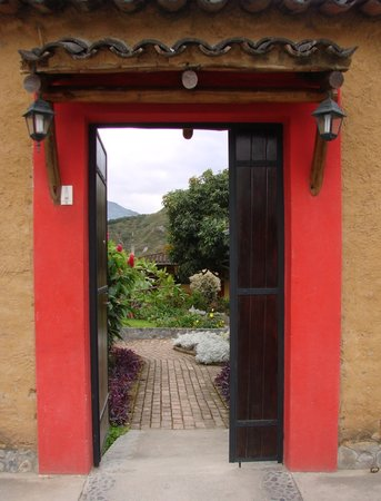 Le Rendez-Vous Hostal Guesthouse: The welcoming entrance to Le Rendez-Vous