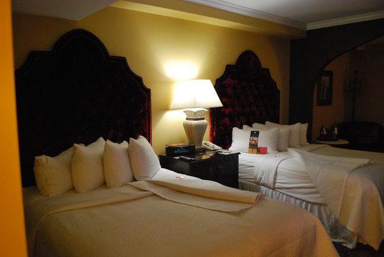 Casa Monica Resort & Spa, Autograph Collection: Ultra Comfy Beds