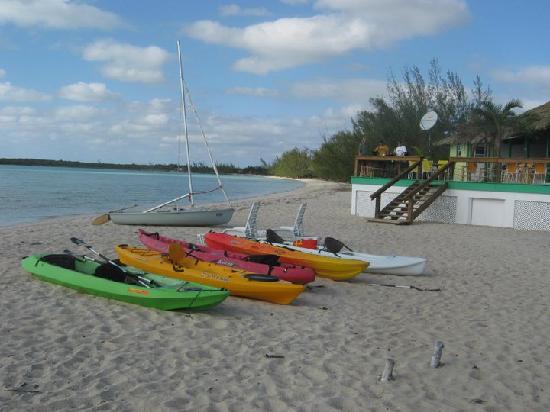 Beach Bungalows and Bonefishing Lodge: The Beach