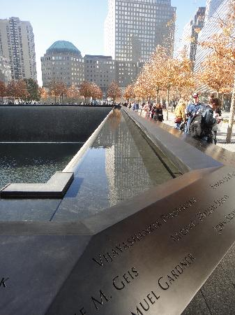 P.J. Clarke's on the Hudson : 911 Memorial with WFC in rear